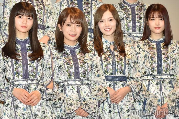 (左から)齋藤飛鳥、秋元真夏、白石麻衣、松村沙友理 (C)モデルプレス