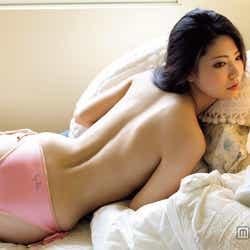 モデルプレス - AKB48倉持明日香、グラマラスボディを大胆露出 清楚キャラからの脱皮