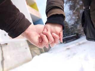 恋愛の基礎はコミュ力!会話だけで男性を惹きつける4つのコツ