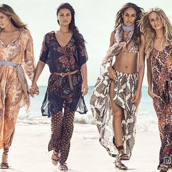 「H&M」夏CMにアドリアナ、ドウツェンらスーパーモデル4名 ビキニ姿で豪華共演