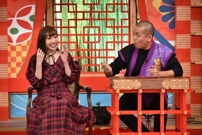 須田亜香里、トシ(C)中京テレビ