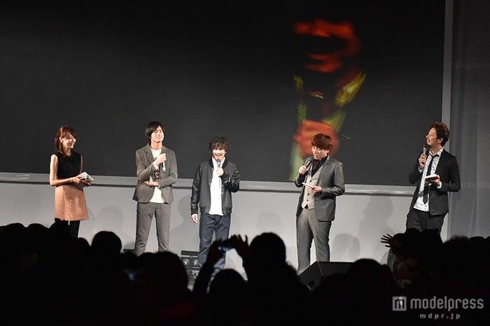 (左より)石田紗英子アナウンサー、岩永徹也、宮城大樹、ベイビーギャング