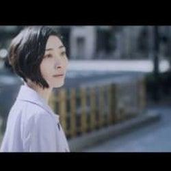 坂本真綾、TVアニメ『アルテ』OPテーマ曲「クローバー」配信スタート&MV公開