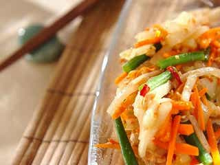 暑い夏にぴったりなタイ料理が家でも楽しめる「冬瓜のソムタム風サラダ」の作り方