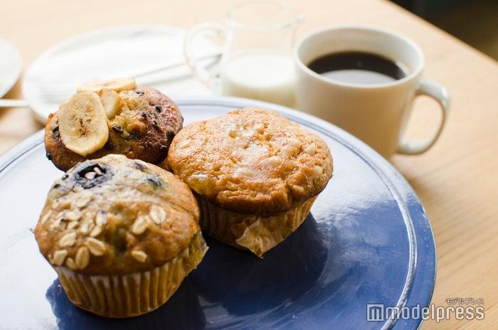 マフィンは「ブルーベリー豆乳」「アップルシナモン」「バナナカカオチップ」の3種(C)モデルプレス