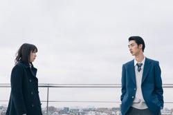 飯豊まりえ、清水尋也/「電影少女」第10話より(C)「電影少女2018」製作委員会
