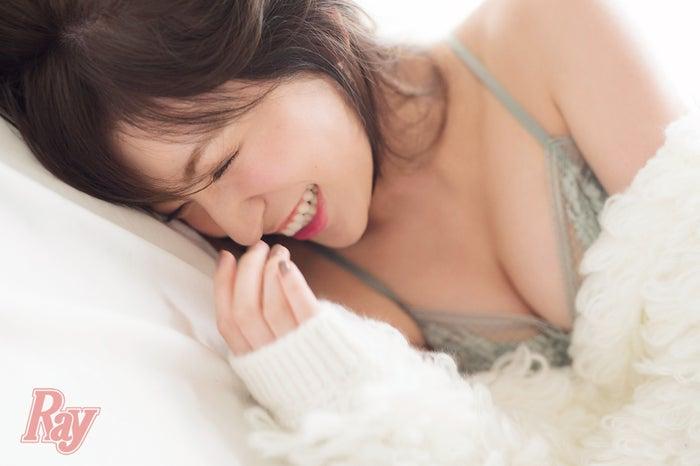 NMB48吉田朱里「Ray」11月号より(画像提供:主婦の友社)