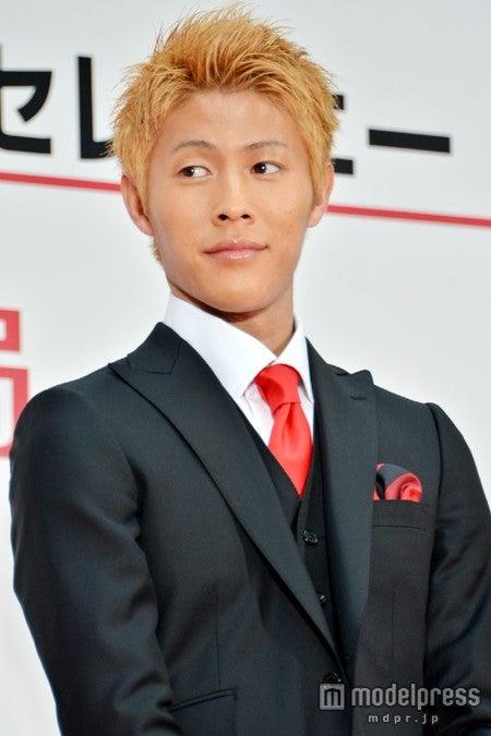 対談相手のサッカー日本代表・柿谷曜一朗選手