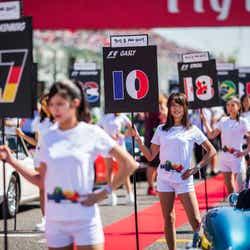 F1のグリッドガール (写真:getty images)