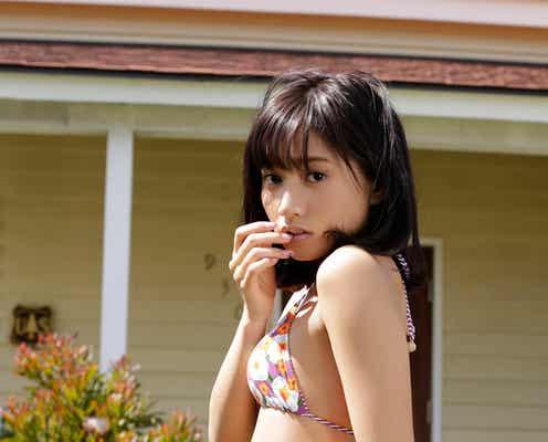 「Ranzuki」武田あやな、水着でSEXY美ヒップ強調 ランジェリー姿も披露