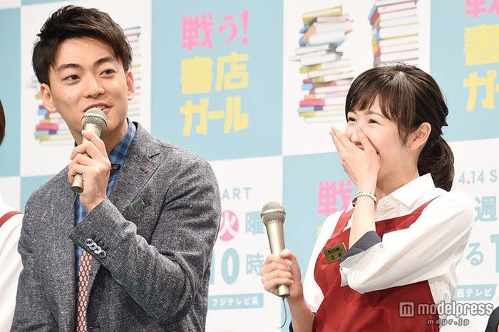 大東駿介(左)、渡辺麻友(右)に「役作りなく一目惚れした」【モデルプレス】