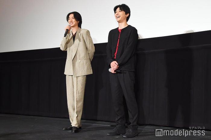 山崎賢人、吉沢亮 (C)モデルプレス