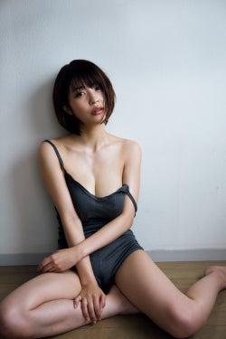 岸明日香(C)アンディ・チャオ/週刊プレイボーイ