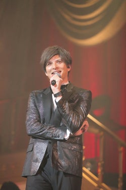 城田優コンサート、大原櫻子&ジェジュンがサプライズ出演 デュエットで観客魅了