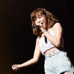 """元AKB48河西智美、甘い歌声で魅了 """"アーティスト""""として存在感示す"""