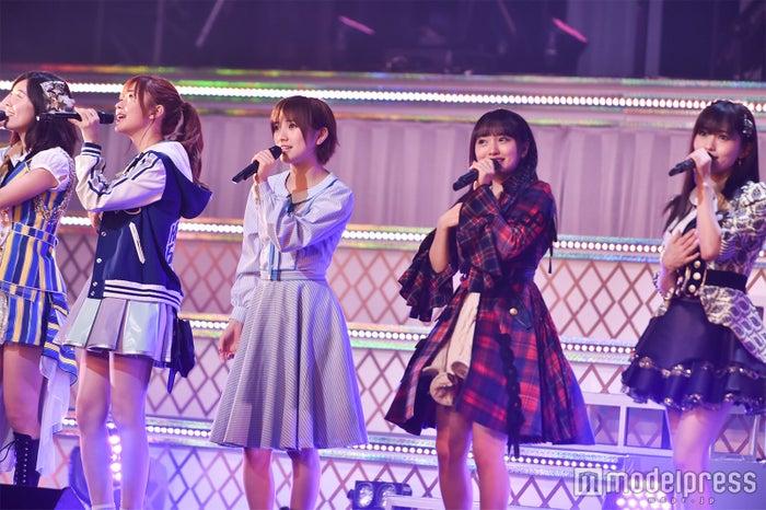 「第3回AKB48グループドラフト会議」でのパフォーマンス(C)モデルプレス