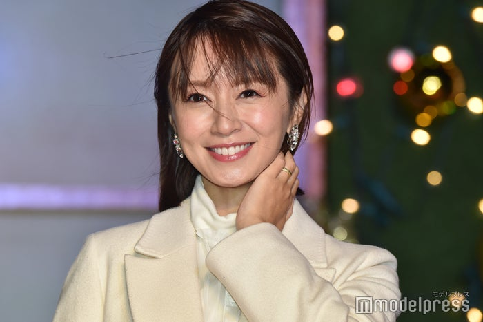 鈴木 亜美 モデル