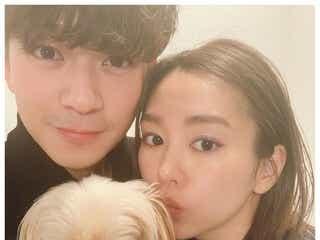 桐谷美玲、第1子妊娠を発表 三浦翔平&愛犬との3ショットで報告