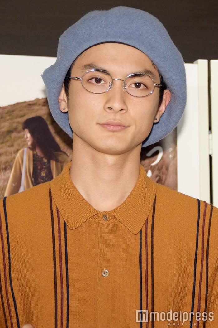 熊本地震にコメントした高良健吾(C)モデルプレス