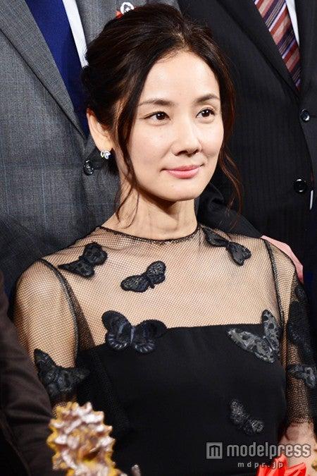 「報知映画賞」を受賞した吉田羊【モデルプレス】