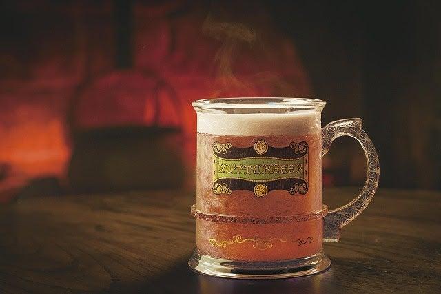 クリスマス・バタービールマグカップ/画像提供:ユー・エス・ジェイ