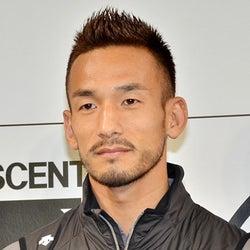 中田英寿氏、柴咲コウとの交際質問が飛ぶ