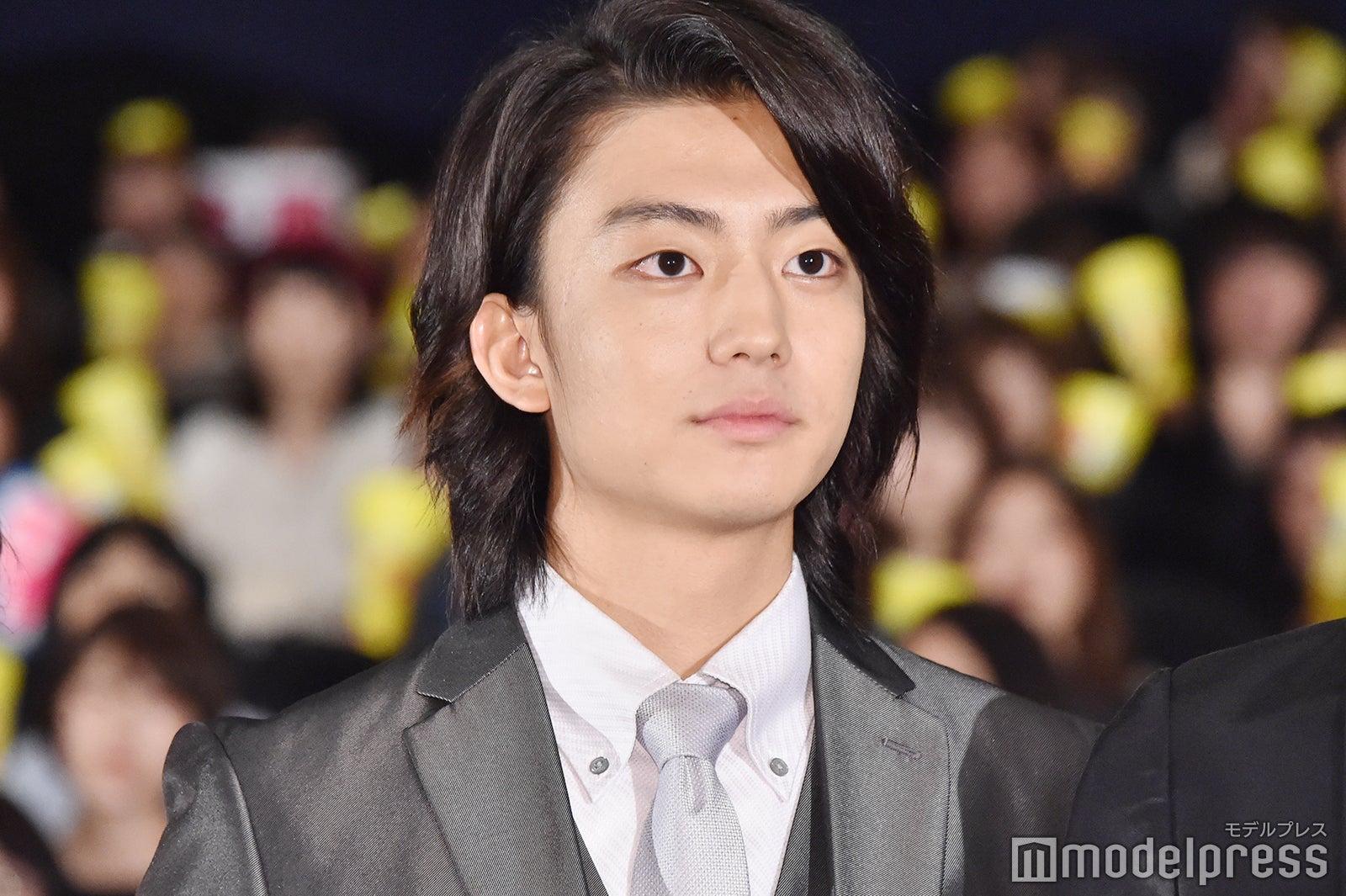 伊藤健太郎、長髪バッサリ 爽やかすぎる\u201c髪切りました動画\u201dにファン歓喜 , モデルプレス