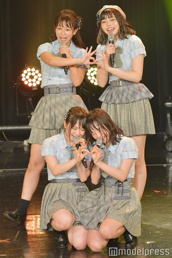 (左上から時計回りに)太田奈緒、人見古都音、横山結衣、倉野尾成美/AKB48チーム8「TOKYO IDOL FESTIVAL 2018」 (C)モデルプレス