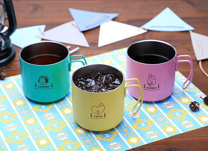 コーヒー(アイス/ホット)、紅茶(アイス/ホット)税込550円(C)BT21