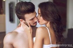 男性が悶絶するエッチテクニック5つ 触り方から舐め方まで…!