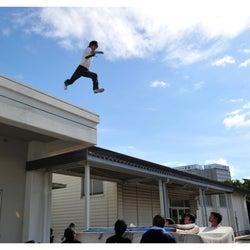 """窪田正孝、""""命綱なし""""飛び降りシーンの裏側に驚きの声<僕たちがやりました>"""