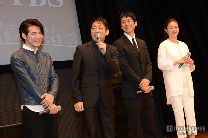 (左より)吉岡秀隆、香川照之、西島秀俊、井川遥