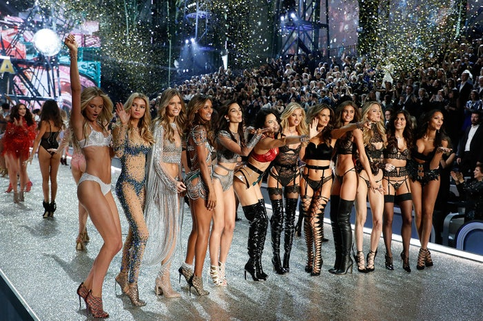 「Victoria's Secret Fashion Show 2016」/photo:Getty Images