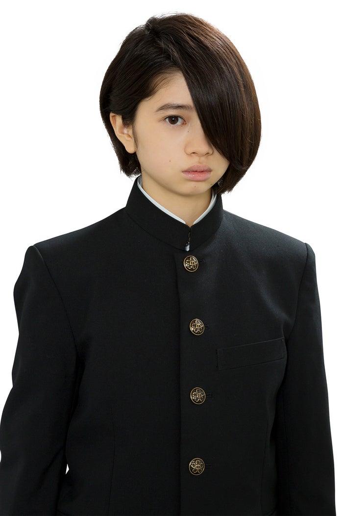 桜田ひより(C)鈴木小波/講談社・「ホクサイと飯さえあれば」製作委員会・MBS