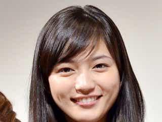 川口春奈に共演者が興奮「本当に可愛い」