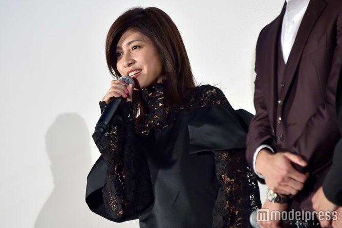 変わらぬ美貌でトレンド入りした内田有紀 (C)モデルプレス