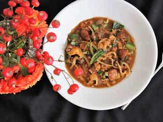 【食べ痩せレンチンレシピ】高野豆腐でヘルシー!野菜ごろごろベジタリアンカレー