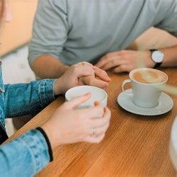 交際が長続きしているカップルの特徴は「彼が恋愛に超鈍感」なこと!