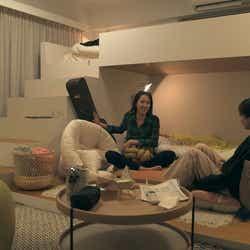 春花、香織「TERRACE HOUSE TOKYO 2019-2020」4th WEEK(C)フジテレビ/イースト・エンタテインメント