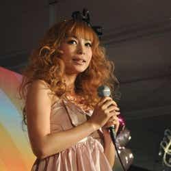 モデルプレス - 中川翔子、「笑顔を届けたい」 全国ツアータイトルを急遽変更