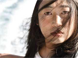 透明すぎて目視できない清純派女優・藤原采17才 ロバート秋山がなりきる<クリエイターズ・ファイル>