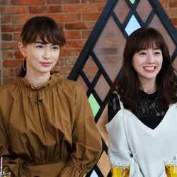 (左から)長谷川京子、田中みな実 (写真提供:カンテレ)