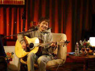 林青空、デビュー1周年記念生配信ライブにて全国ツアー開催を発表