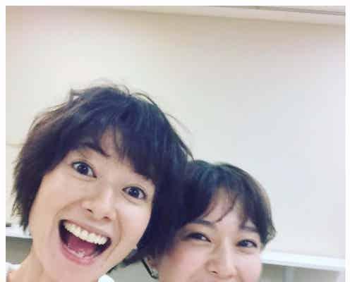 戸田恵梨香、真木よう子との笑顔全開2ショット公開 仲睦まじい姿に反響
