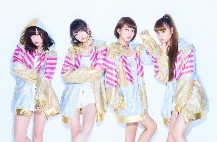 夢みるアドレセンス/左から:京佳、志田友美、荻野可鈴、山田朱莉