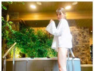 後藤真希の美脚全開ショットに「素敵」「足長い」の声 温泉旅行へ