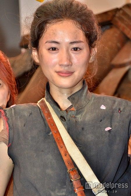 大河ドラマ「八重の桜」のクランクアップセレモニーに出席した綾瀬はるか
