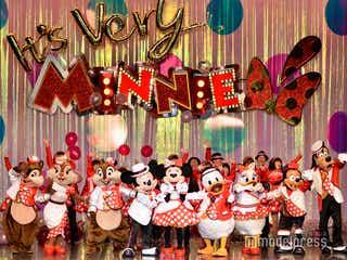 ミニーが次々衣装チェンジ TDL今年度限定レビューショー「イッツ・ベリー・ミニー!」初お披露目