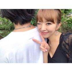 モデル星野加奈、結婚 8年交際のお相手と密着2ショットで報告