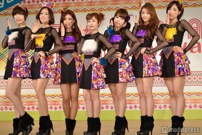 ファヨン脱退前のT-ARA(左からファヨン、ヒョミン、キュリ、ボラム、ソヨン、ジヨン、ウンジョン)